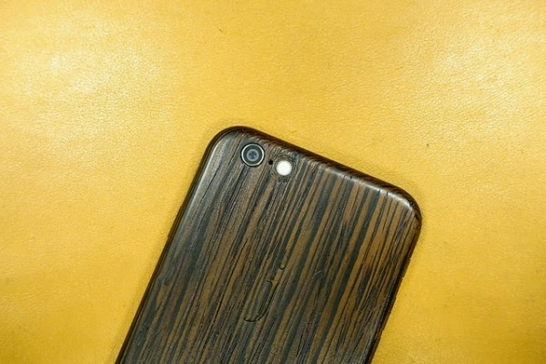 Miniot iWood6 iPhone 6 Wood Case 木殼