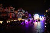 D8 09夜間巡遊01.jpg e1539484441359 167x111 - 【香港旅遊】港鐵迪士尼樂園站行程推薦 - 讓你瘋狂玩一天的夢幻樂園